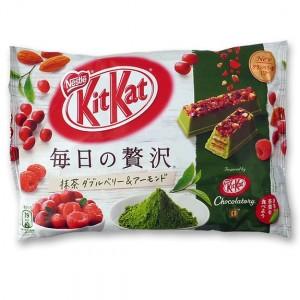 Kit Kat Luxury thé vert amande et fruits rouges poche souple 109 Gr